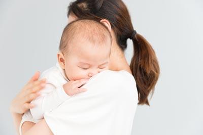 香港接种四痘疫苗可预防水痘,水痘是由什么引起的?